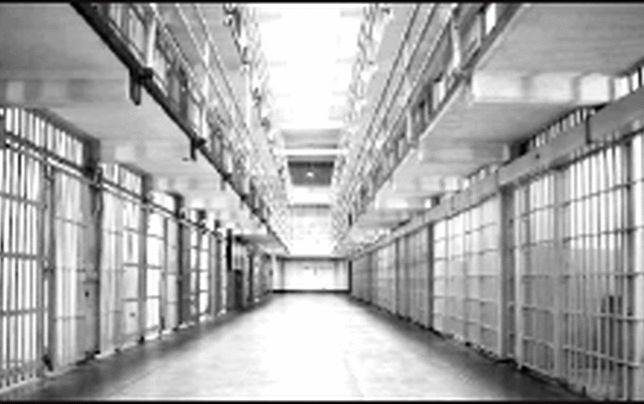 زندانها  بر  مشکلات اخلاقی و اجتماعی کشور  افزودهاند