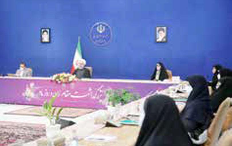 زنان ۲۵ درصد مدیریتهای میانی و عالی کشور را در اختیار دارند