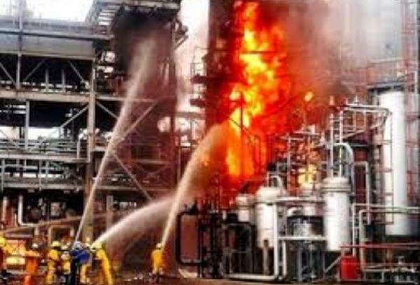 آتش در کارخانه تولیدکننده میعانات گازی فریمان مهار شد