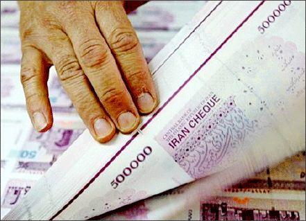 چاپ 9000 میلیارد تومان پول پرقدرت و افزایش قیمت دلار