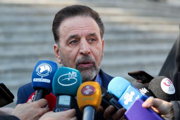 دولت دخالت مستقیم در بورس ندارد