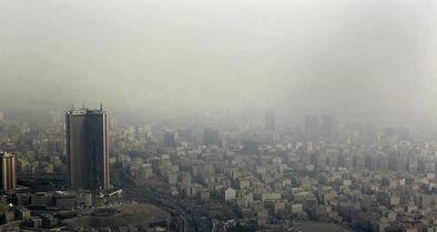 وضعیت قرمز هوای تهران در ۱۳ ایستگاه سنجش کیفیت هوا