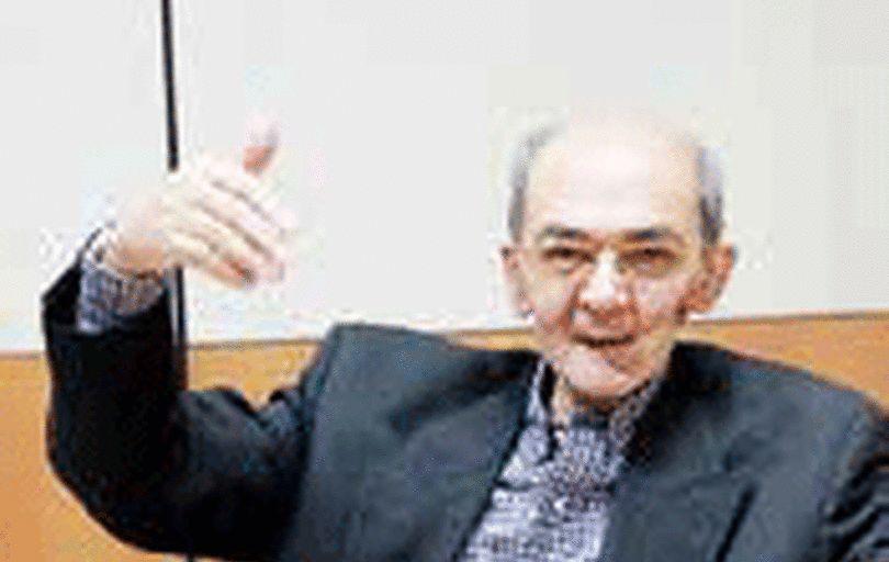 صادرات نفت ایران به زیر یک میلیون بشکه نمیرود