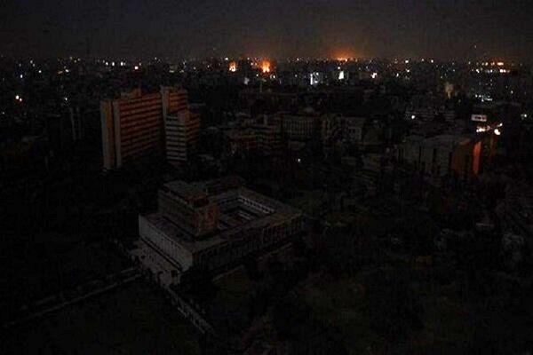 وزارت نیرو بهصورت شفاف دلایل قطعی برق را بیان کند