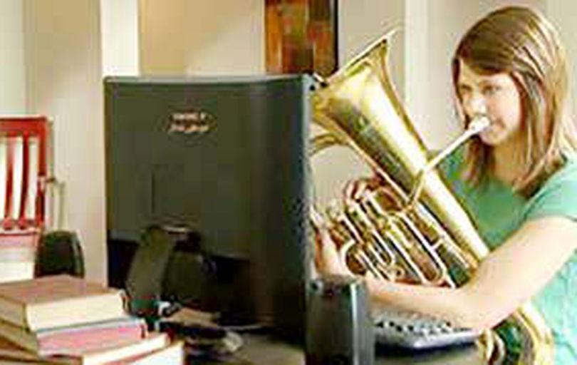 آموزش آنلاین موسیقی برای هنرجویان مبتدی چندان خوب نیست
