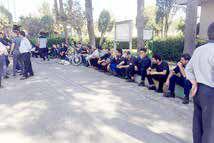 تجمع کارگران «شرکت حمل ونقل خلیجفارس» در اعتراض به پیمانی شدن
