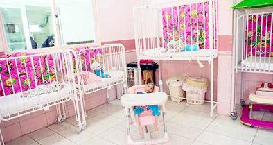 قوانینی که راه را بر فرزندخواندگی میگشاید