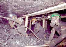 مظفری: روزانه ۷۵۰۰ مرگ ناشی از حوادث و بیماریهای محیط کار داریم