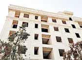 مالک هزار واحد مسکونی خالی، یک بانک خصوصی-دولتی است