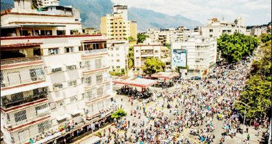 تنازع قدرت در خیابانهای ونزوئلا