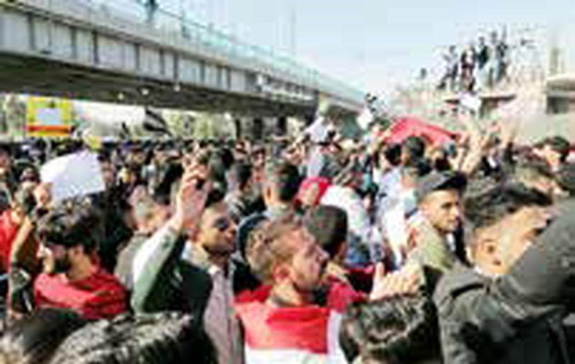 دانشجویان عراقی به میادین تظاهرات رفتند
