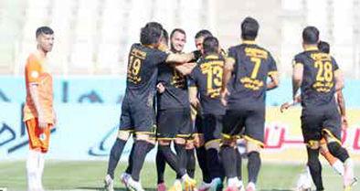 لیگ برتر در وضعیت زرد!