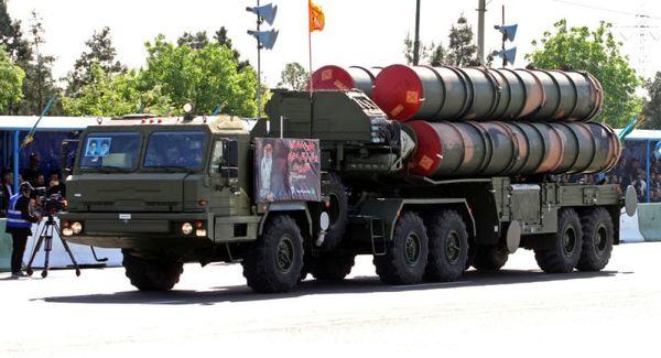 آمادهباش ایران و انتقال سامانههای موشکی اس- ۳۰۰ به بوشهر