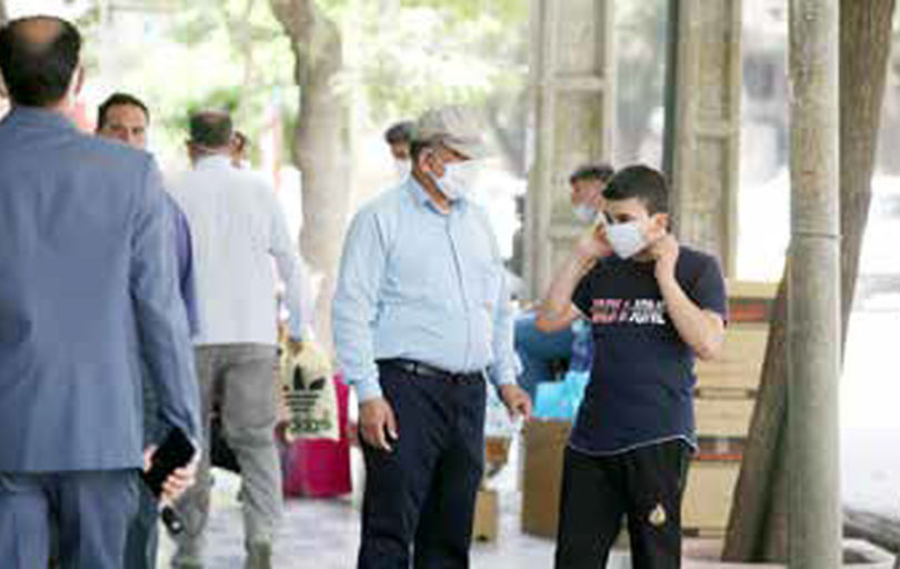 استفاده از ماسک در مکانهای عمومی اجباری شد