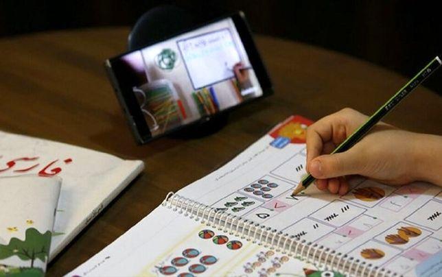 مدارس نباید از والدین برای آموزش مجازی هیچ پولی بگیرند