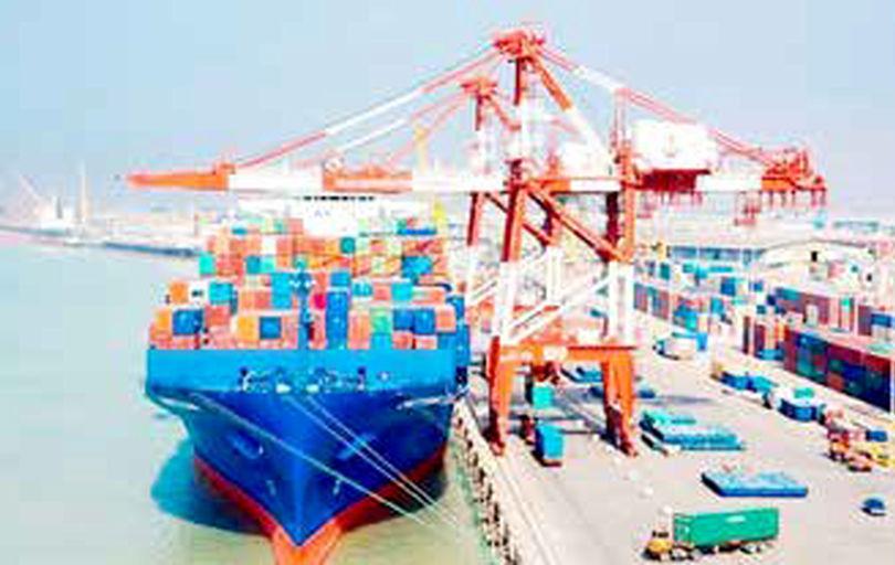 ۴۴ کشتی حامل کالاهای اساسی منتظر پهلوگیری هستند