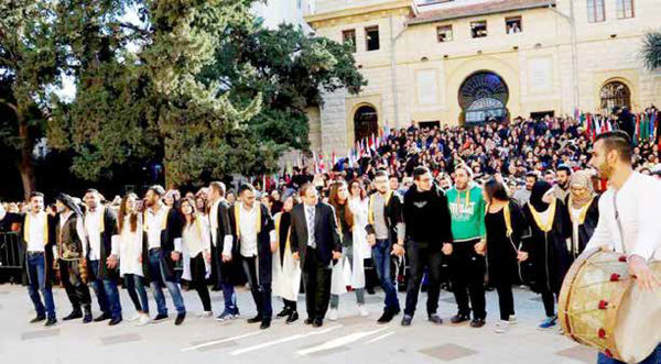 انقلاب به سبک لبنانی