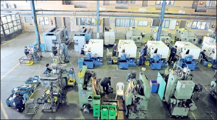 ظرفیتهای تولید در ایران آب میرود