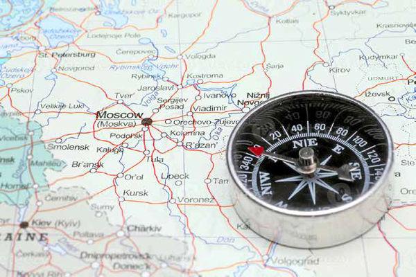 چرخش قطبنمای اعراب به سمت روسیه