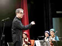 ساخت دو سمفونی در کمتر از یک ماه توسط یک آهنگساز